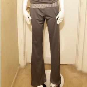 New York & company Athletic Pants size L
